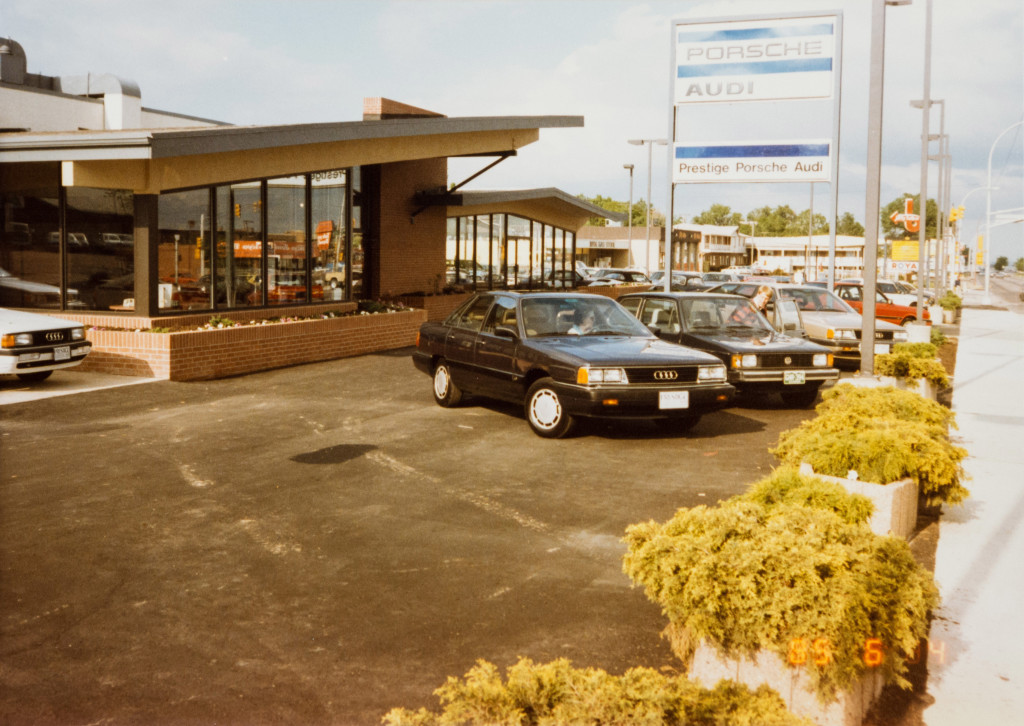 Historical Photo (1985-06-04) of construction at Prestige Imports, a Denver Porsche and Audi Dealer.