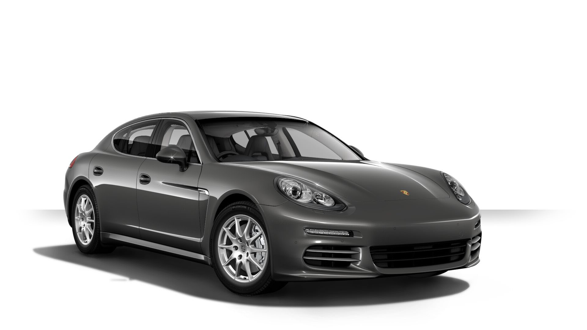 2016 Porsche Panamera Front View
