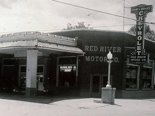 Red River Motor Co. Old Photo