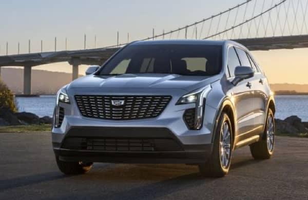 2021 Cadillac XT4 Parked near a bay