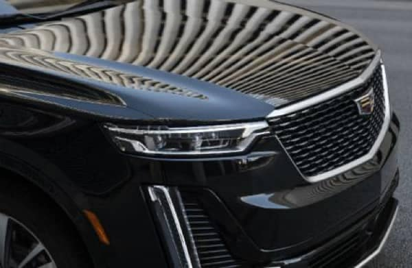Front grill of a black 2021 Cadillac XT6