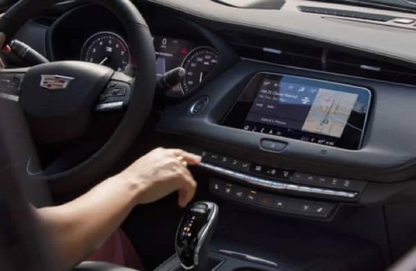 The dashboard of the 2020 Cadillac XT4
