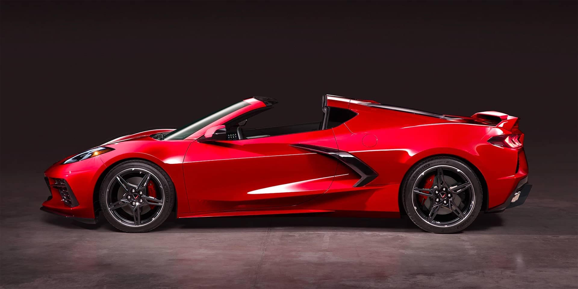2020 corvette reveal gal ext 13