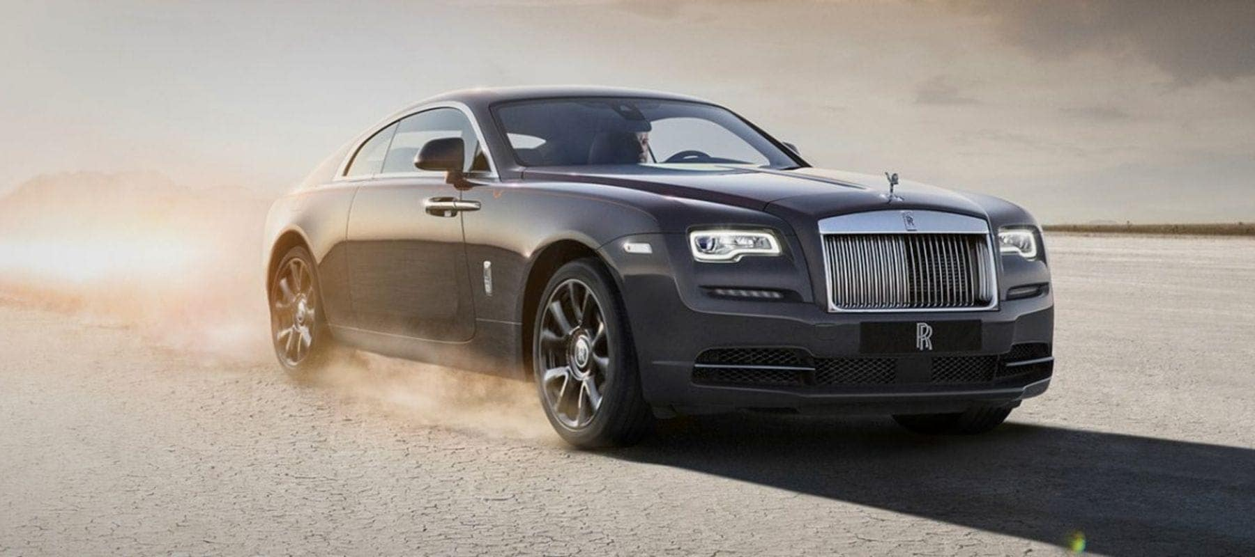 Front angled view of the Rolls-Royce Wraith
