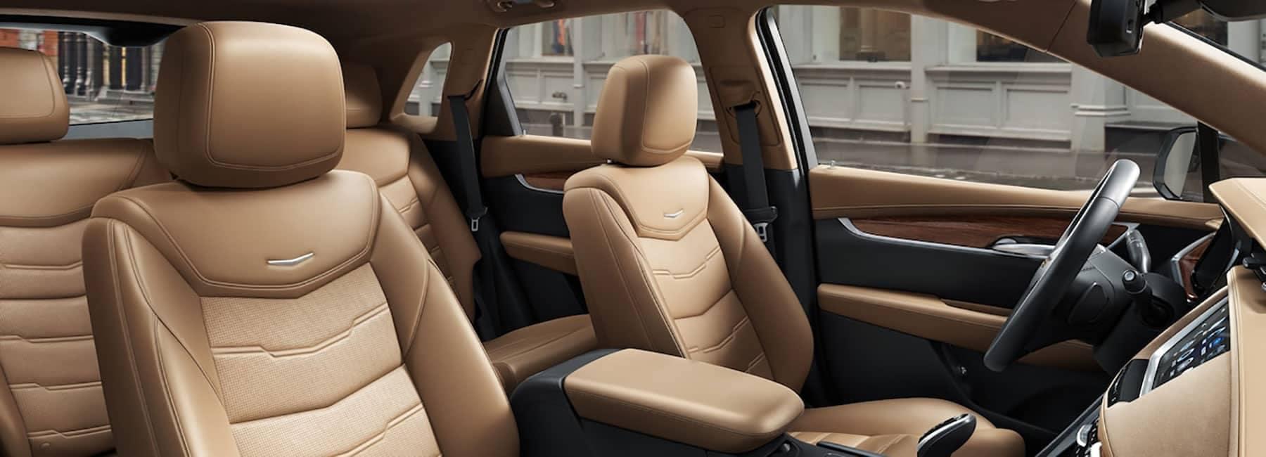 Cadillac-XT5-Interior-Front