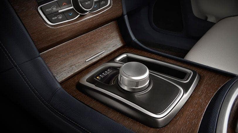 2016 Chrysler 300 Rotary E-Shift