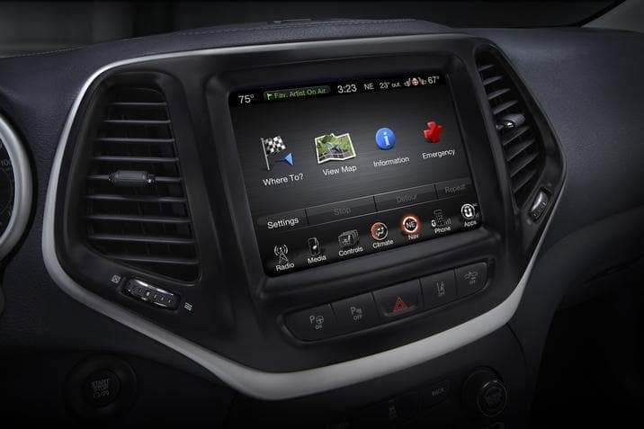 tech features in the 2017 Jeep Cherokee
