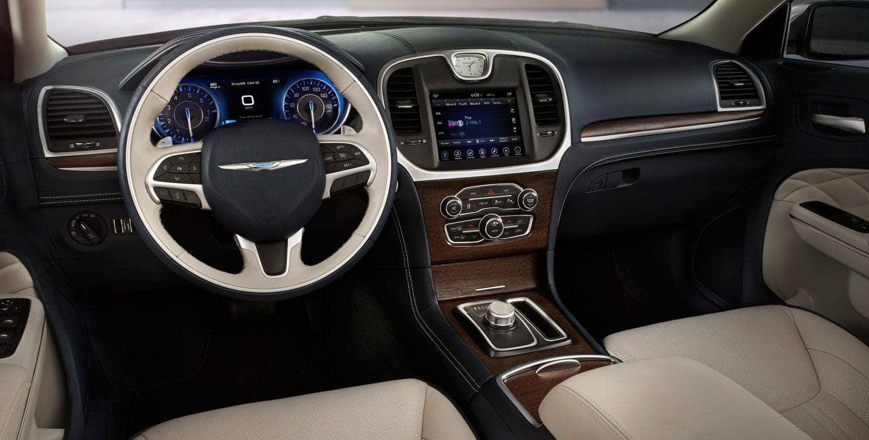 2017 Chrysler 300 tech features