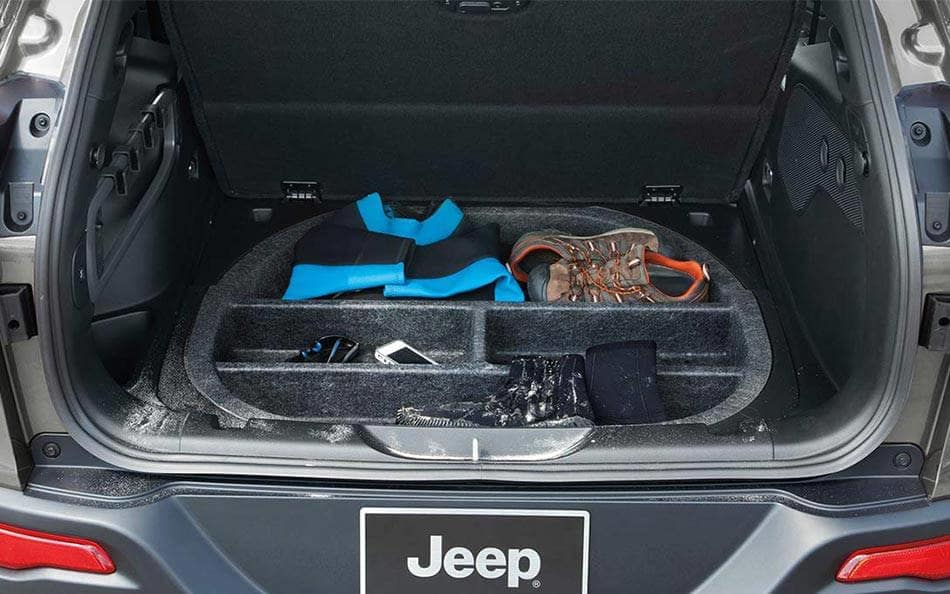 2016 Jeep Cherokee cargo space