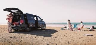 Dodge Caravan exterior