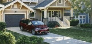 2017 Chrysler Pacifica exterior