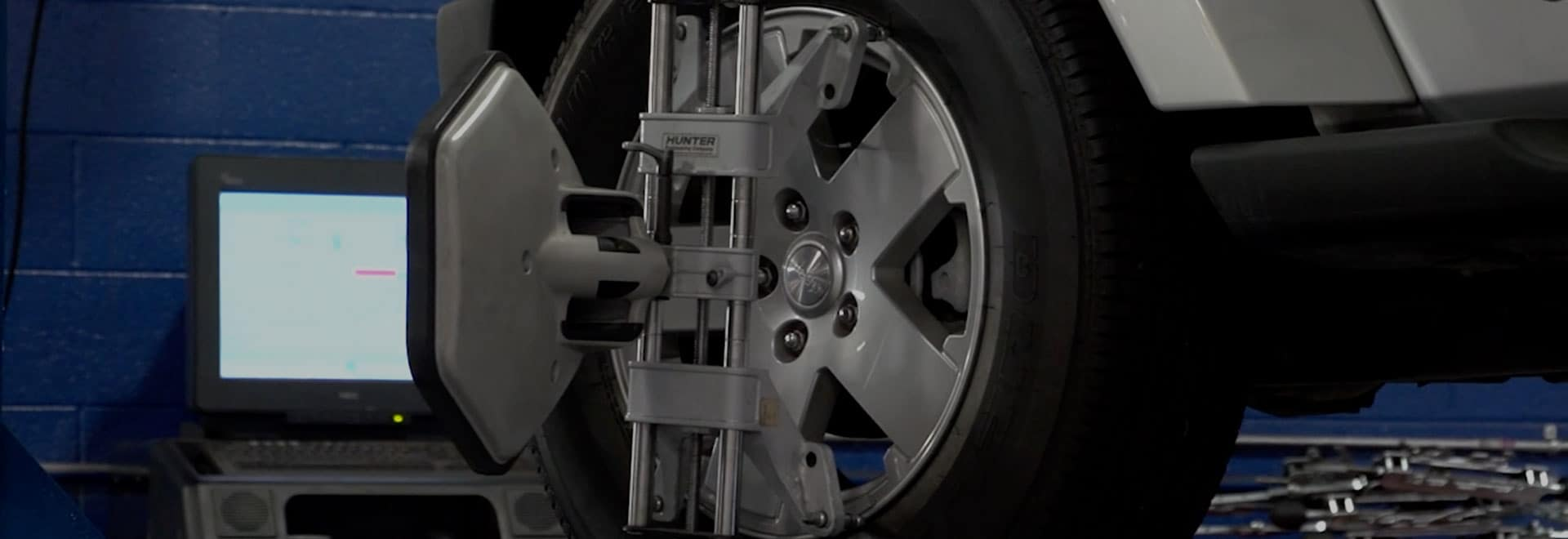 When do I need a wheel alignment? | Safford CJDRF of Springfield