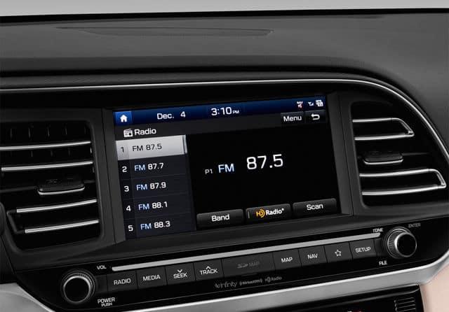 2019 Hyundai Elantra Technology available in Springfield VA
