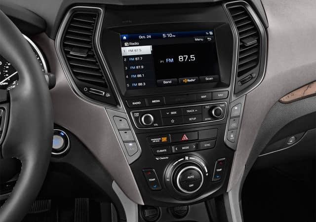 2019 Hyundai Santa Fe Technology available in Springfield VA