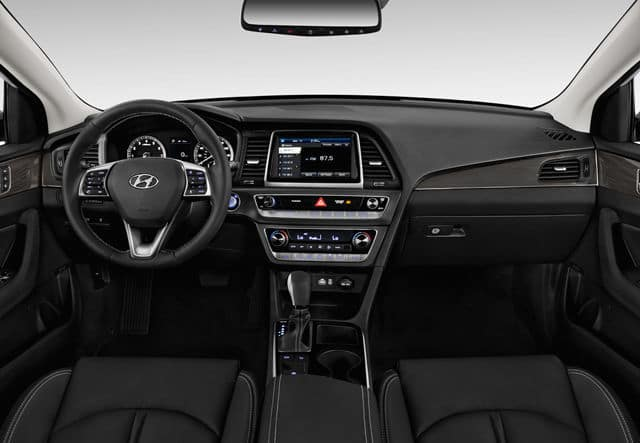 2019 Hyundai Sonata interior available in Springfield VA