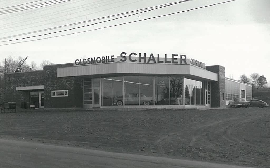 Schaller-History Body Shop Slider 4