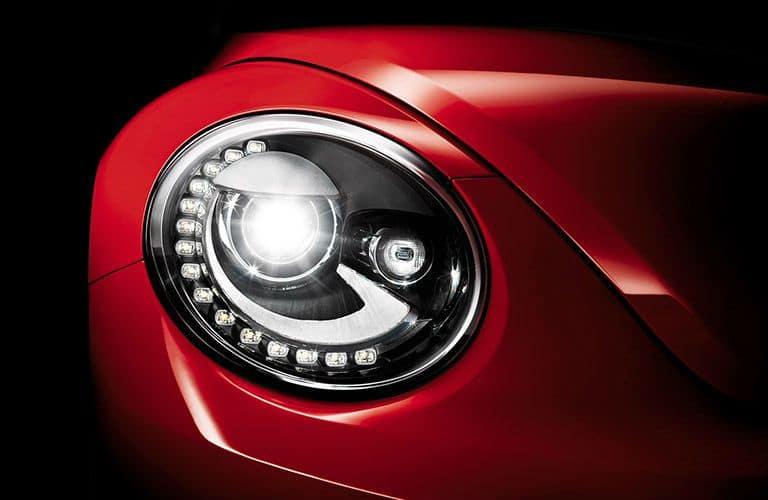 VW-Beetle-headlight_o