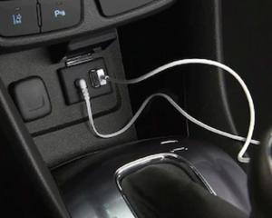 USB AND Bluetooth® AUDIO