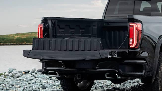 2020 GMC Sierra HD AT4 tailgate