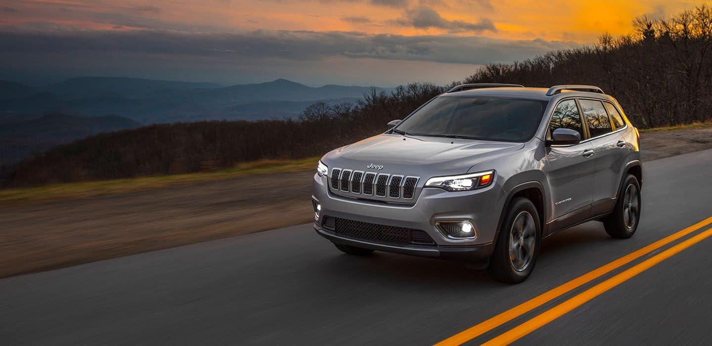 2019-Jeep-Cherokee-Limited-Gallery-Exterior-4.jpg.image.1440
