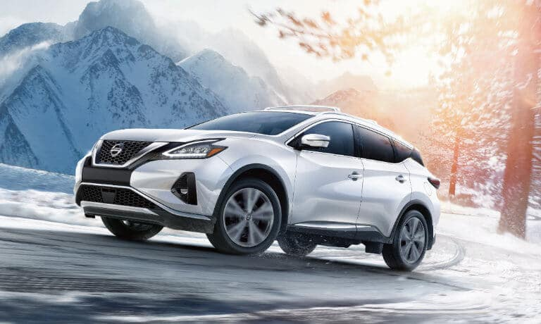 2019 Nissan Murano in snow