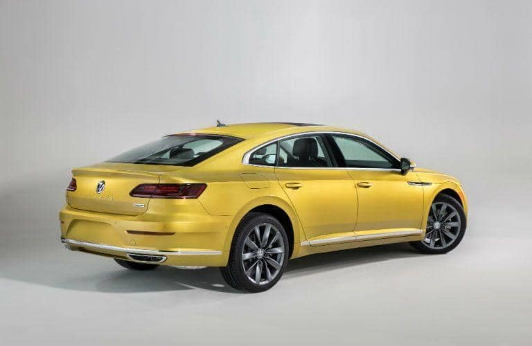 2019 Volkswagen Arteon vs 2018 Honda Accord