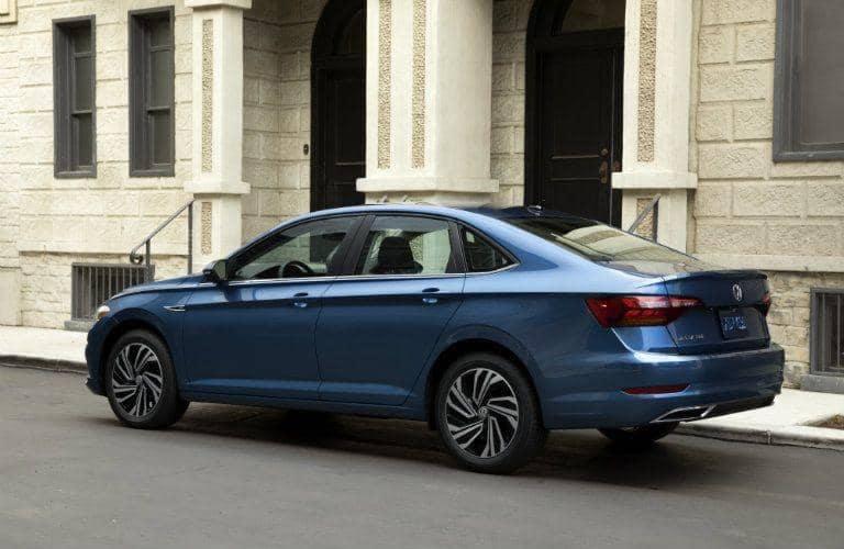 2019 Volkswagen Jetta vs. 2019 Honda Civic