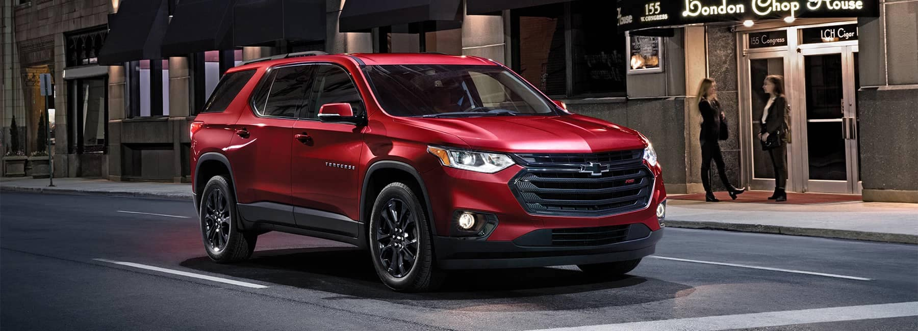 2020 Chevrolet Traverse Mid-Size SUV Blacked Out Grille Front Exterior