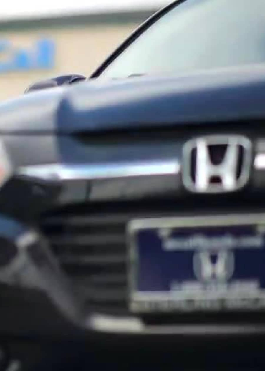 Close up image of a Honda vehicle