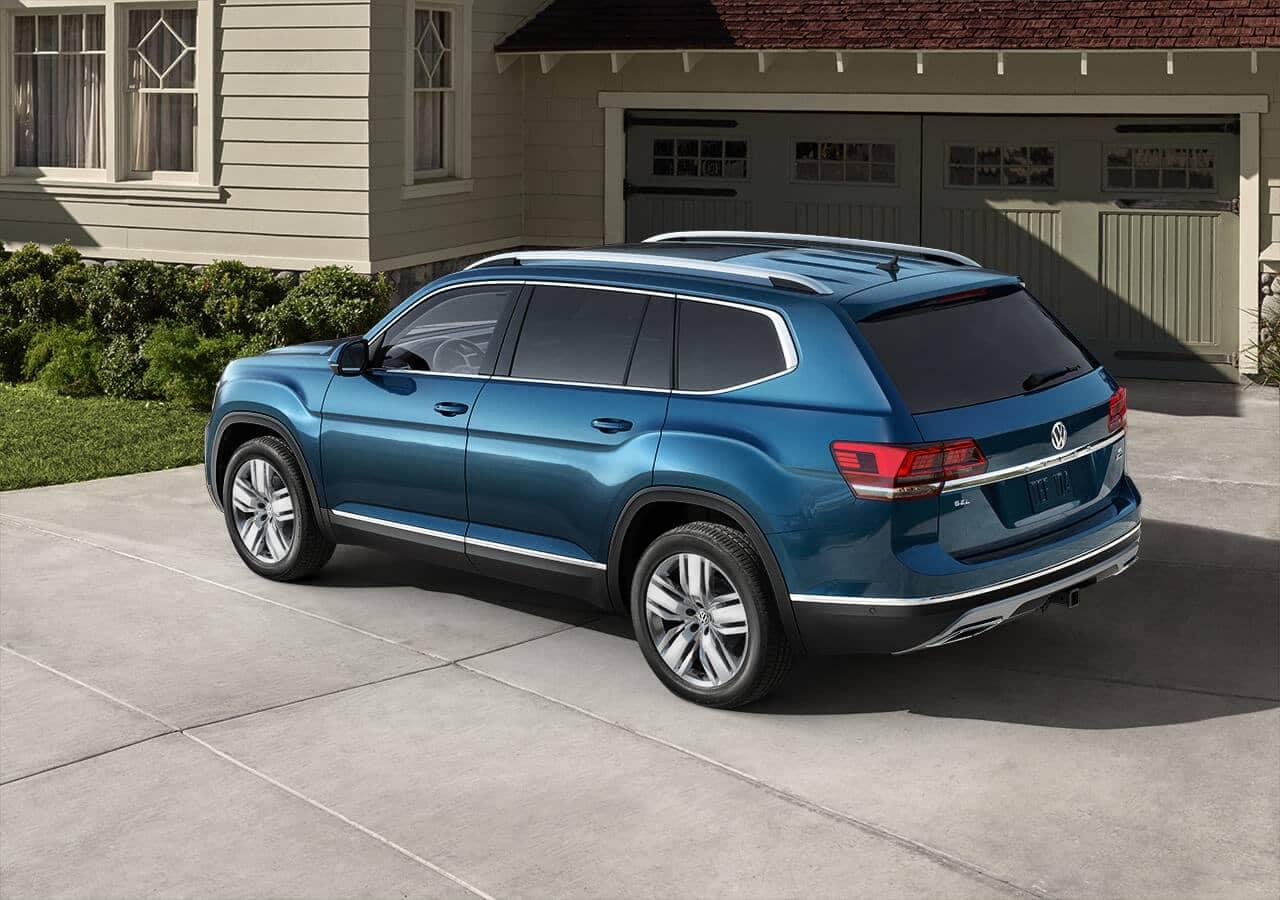 2020 Volkswagen Atlas parked in driveway