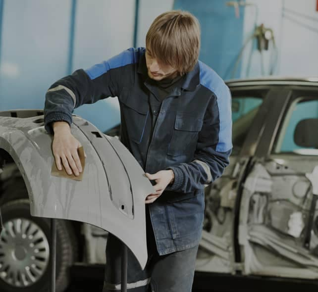 repairing auto body