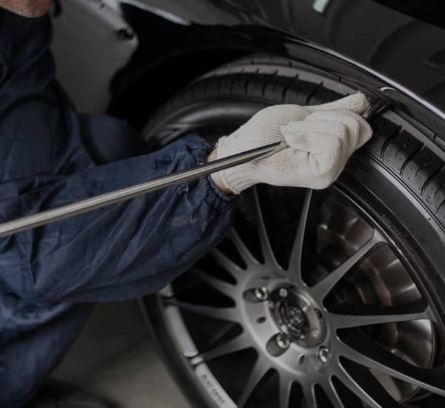 repairing car tires