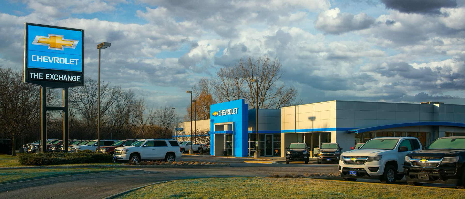 exterior view of dealership and carlot