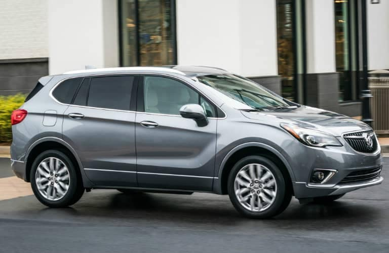 2019_Buick_Envision_passenger_side_o