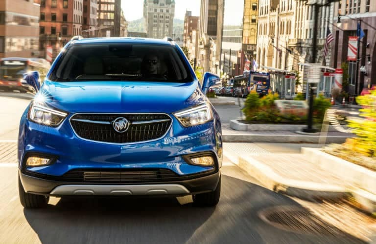 2019_Buick_Encore_front_o