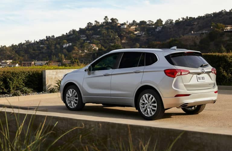 2019_Buick_Envision_side_o