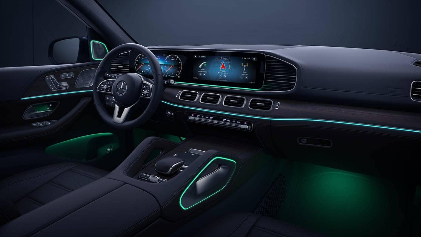 Interior shot of the Mercedes-Benz 2020 GLE SUV