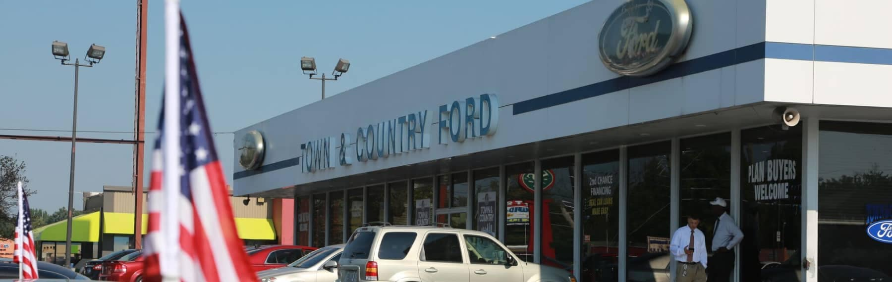 Town & Country Ford of Louisville dealership