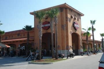 another exterior shot of entrance to Treasure Coast Harley Davidson