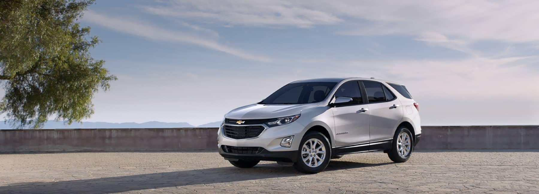 White 2021 Chevrolet Equinox parked