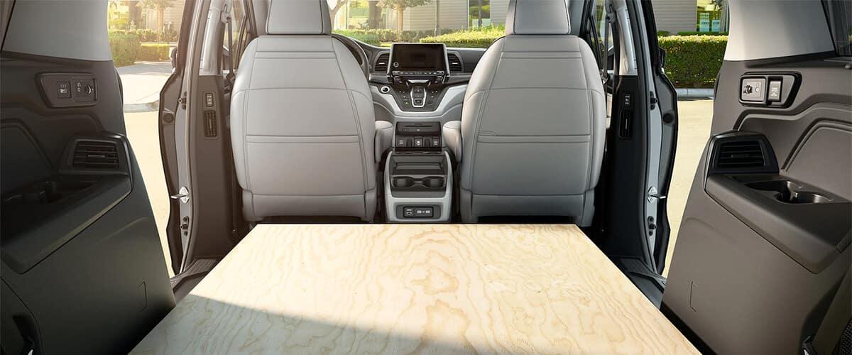 2021 Honda Odyssey Flat Cargo Space Image