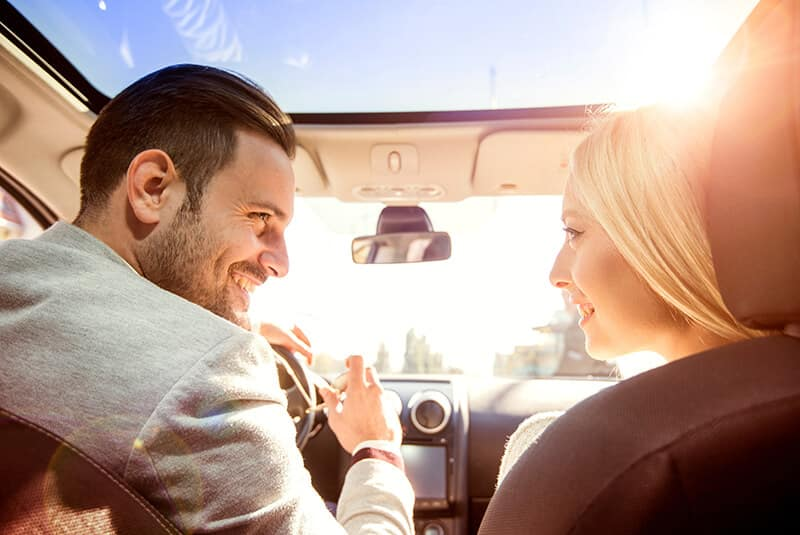 Spring Service Couple Driving Image