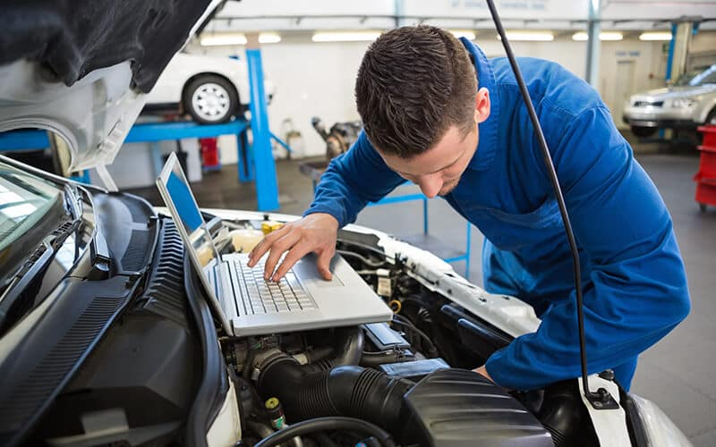 Vern Eide Motorcars Reconditioning Equipment Technology Image