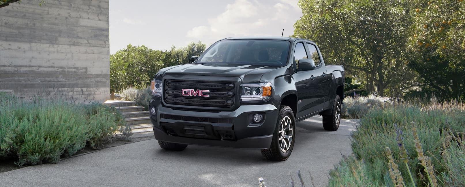 GMC Canyon Dealership