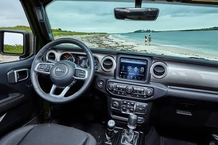 2021 Jeep Wrangler - Features and Design