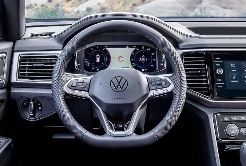tech-cockpit