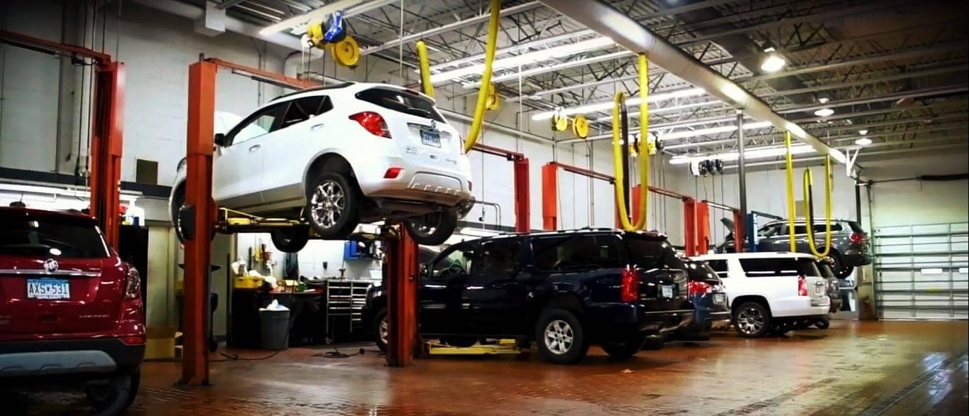 cars in service shop
