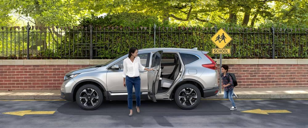 2017-Honda-CR-V-Siver-Exterior-Side-View