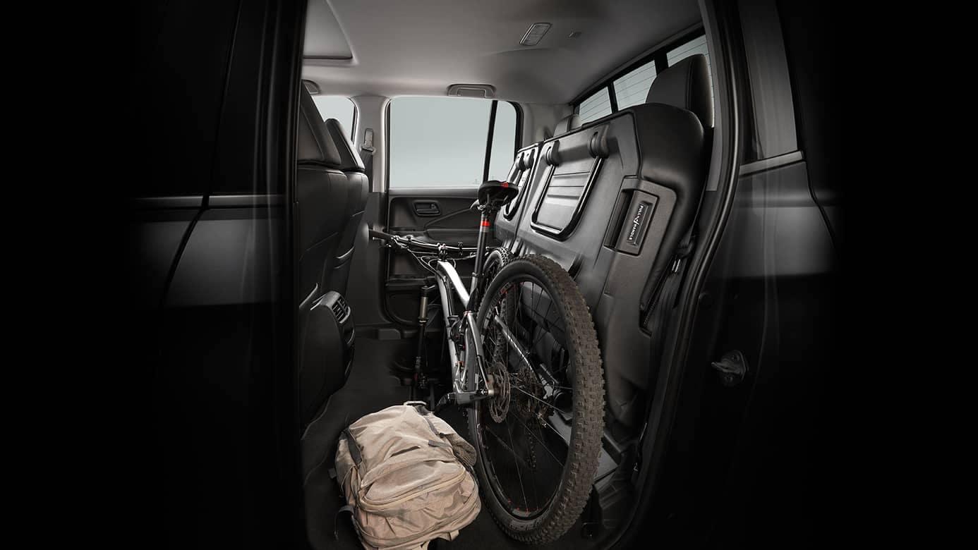 2017-honda-ridgeline-back-seat-storage-large