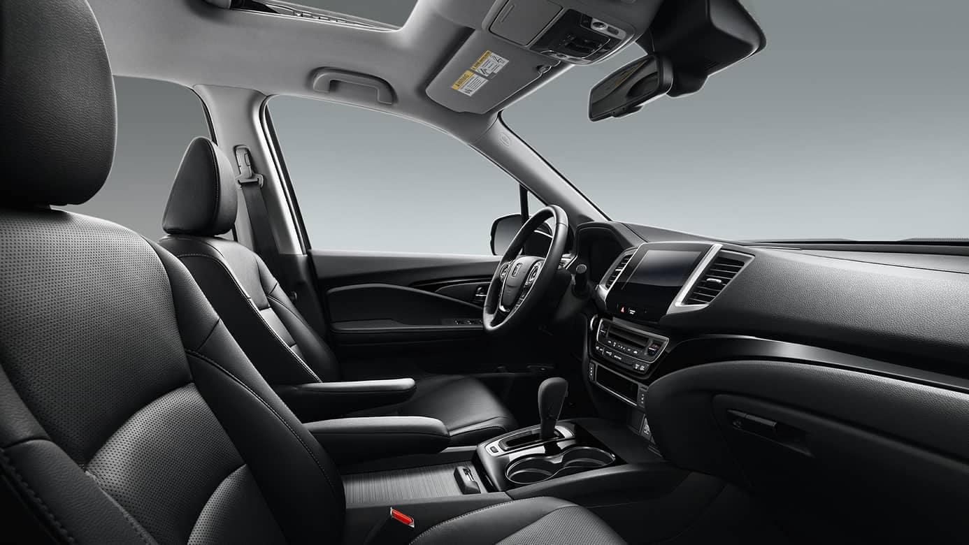 2017-honda-ridgeline-interior-front-seats-large